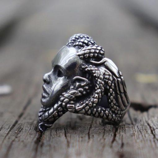 Bague Serpent Acier Tete de Gorgone profil