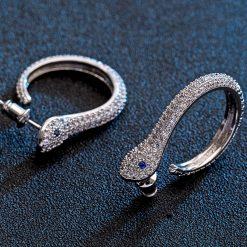 Boucles d'Oreilles Serpent Classiques Yeux Bleus femme