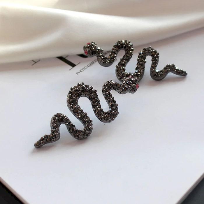 Boucles d'Oreilles Serpent Gothiques Noires qualité prix