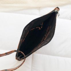sac à main serpent Pochette avec Dragonne intérieur